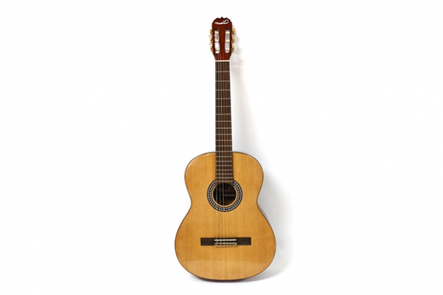 AG3913-39吋古典吉他尼龍弦(中級)金轉.背中線 定價2700 1