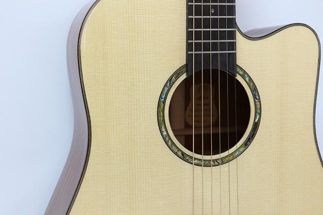 AGAK500 41吋全單板 西提卡雲杉,非洲桃花芯 民謠吉他 4