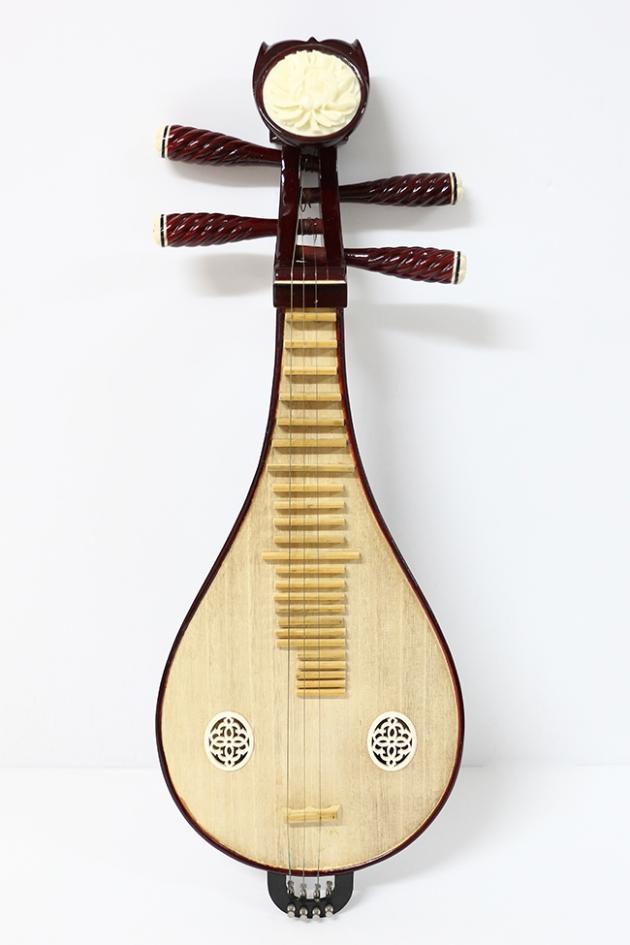 I90 柳月琴(普)紅木 1