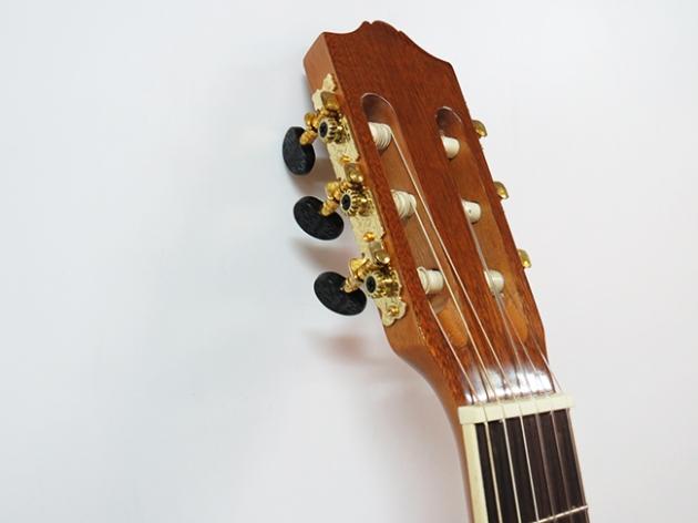 AGG396 39吋古典吉他(雲杉沙比利/桃花芯琴頸)$4400 4