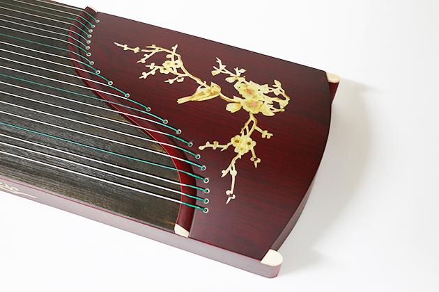 J18B 古箏21弦(附袋)花鳥木貼 2